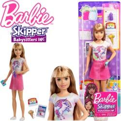 Barbie: Szőke hajú frufrus bébiszitter egyszarvús pólóban FHY89
